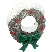 Christmas Wreath - JJ pin - Holiday  brooch