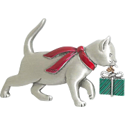 Cat with Present - JJ Christmas pin - J.J. Xmas Jewelry