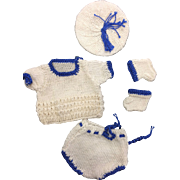 Beautiful Knitted 5 Piece Small Dolls Outfit