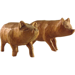 Miniature~ Carved wood Pigs~ Farm, Barn~ Ark- Charming and Old!