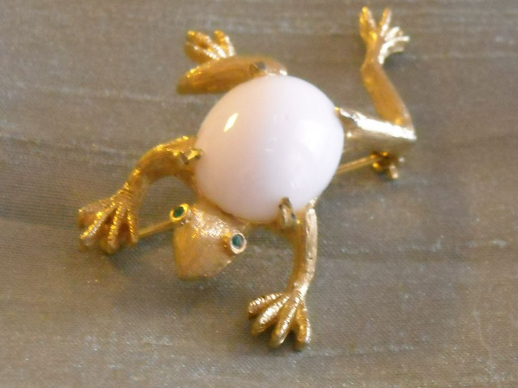 DeNicola Frog Pin