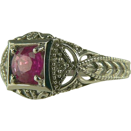 Vintage Art Deco Era 14kt Ruby Ring