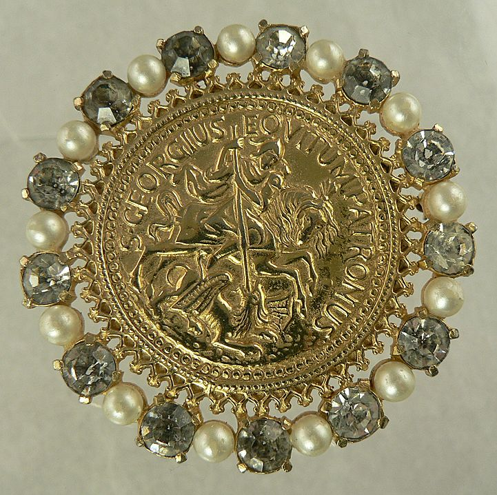 Castlecliff Coin Brooch