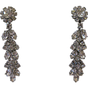 Glamorous Weiss Drop Earrings