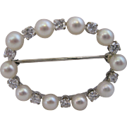 Exquisite Vintage Pearl and Diamond Oval Circle Brooch 14kt