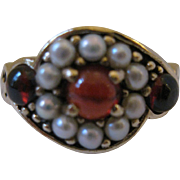 Antique 10kt Garnet Ring