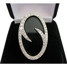 18kt Onyx Diamond Ring