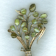 Lovely Cat's Eye Chrysoberyl and Sapphire Bouquet Brooch c. 1940
