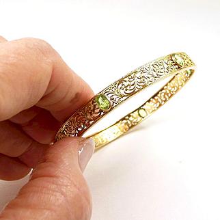 Bewitching Art Nouveau Bangle Bracelet with Peridot c. 1890