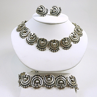 Lovely Los Castillo Scroll and Ball Sterling Parure #325 c. 1948