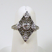 Art Deco Platinum & Diamond Filigree Ladies Fashion Ring