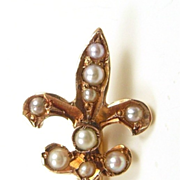 Fleur de Lis Pearl and Rose Gold Art Nouveau Stickpin c. 1890