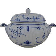 Antique Villeroy & Boch Soup Tureen Flow Blue Dresden German Germany
