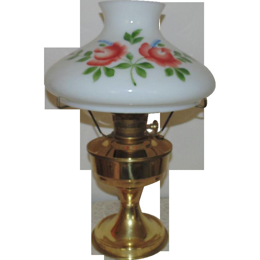 23 aladdin brass lamp oil kerosene w hand painted roses glass shade. Black Bedroom Furniture Sets. Home Design Ideas