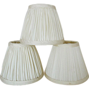 3 Clip-On Lamp Shades Vintage Ivory White Pleated Fabric for Chandelier or Sconces