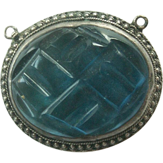 Antique Chinese Peking Glass and Silver Pendant-Clasp