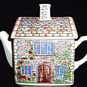 "Sadler England ""English Country Houses""  Teapot  17th Century Cottage"
