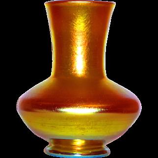 Fine Tiffany Gold Favrile Iridescent Vase