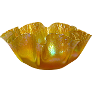 L. C. Tiffany Favrile Glass Finger Bowl in Stretch Iridescent Gold Favrile