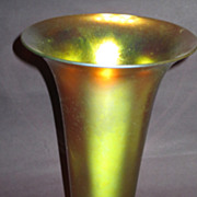 Large Steuben Gold Aurene Trumpet Vase w/ Brilliant Color