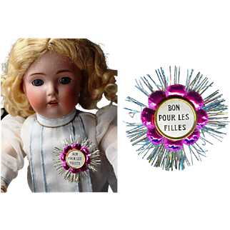 "Paris Find! Lovely Doll Sized French Gold Foil Pin for Bisque Doll ""Bon Pour Les Filles"" (Good For the Girls)"