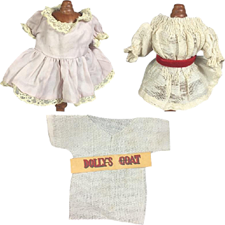 """Lot of Small Antique Doll Clothes for 5-7"""" Dolls"""