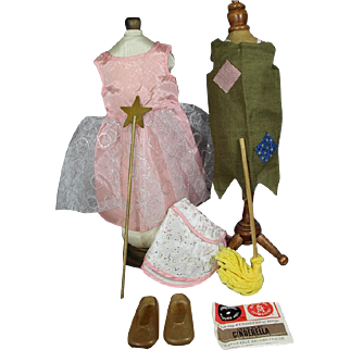 """1963-64 Charmin' Chatty Doll """"Let's Play Cinderella"""" Clothing Set !"""