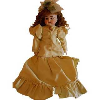 Antique 19thC Bisque Turned Head Doll by Kestner-Lovely Face and clothes!