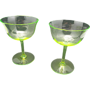 Champagne glasses Vaseline Uranium Optic