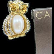 Owl pin Gold tone metal Rhinestones Carolee