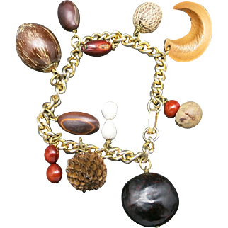 Vintage charm bracelet NUTS and Seeds Gold tone