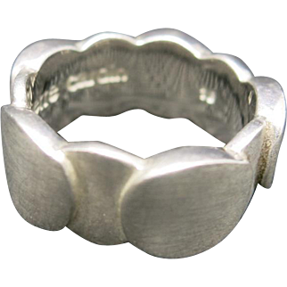 Pierre Cardin Ring Sterling silver Band Size 7.5