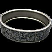 Bracelet Pewter tone metal Floral motif
