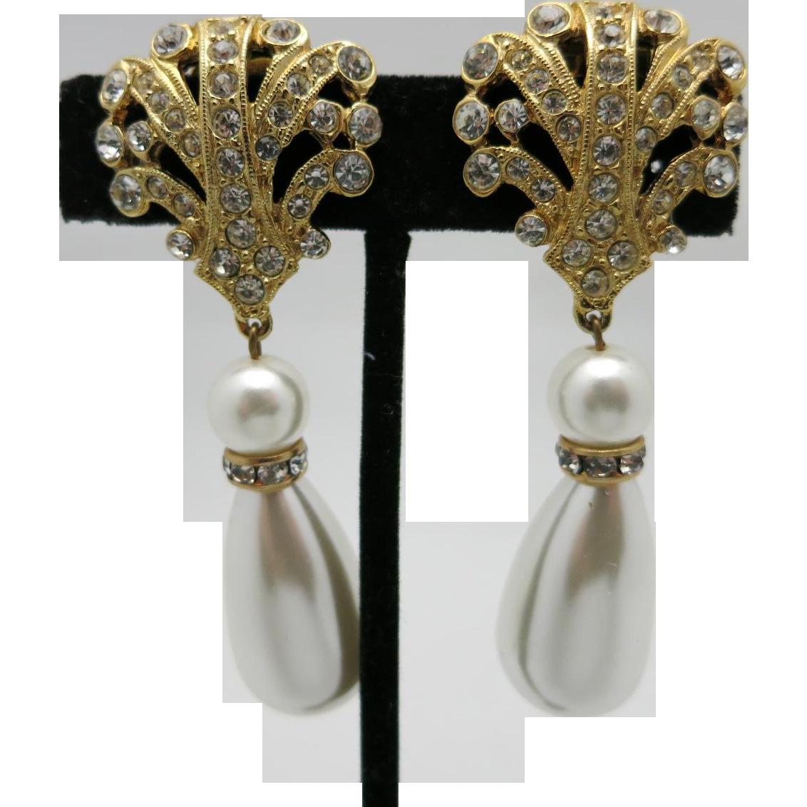 rhinestone earrings gold tone big pearls clip on tara