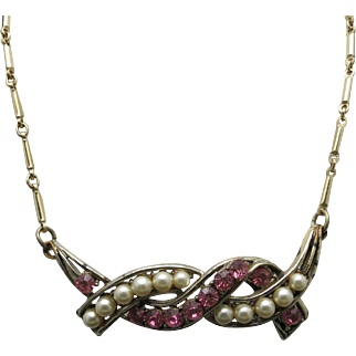 Coro rhinestone necklace pink and fake pearl gold tone