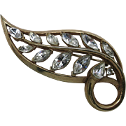 Trifari rhineston Leaf pin GOld tone Marquise