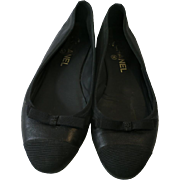 Vintage Chanel FLATS Black SUede Used little Bow