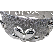 Trifari bracelet Wide Silver tone Daisy pattern