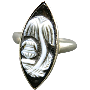 Mourning ring Memorial Jewelry Ring Willow Urn Black Onyx Cameo