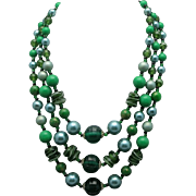 Three Strand Bead Necklace Green plastic Pearls
