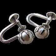 Vintage 10K White Gold Pearl Screw Back Earrings