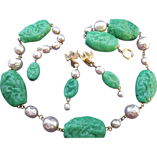 Vintage Miriam Haskell Green Peking Jade Glass Baroque Pearl Necklace Dangle Earrings Set Dove Demi Parure