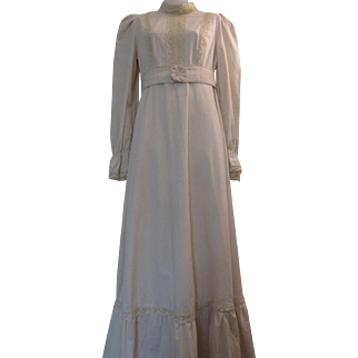 Vintage Gunne Sax Long Maxi Dress Cream / Off White Cotton Muslin Victorian Revival Prairie Style Lace Trim Plain Boho