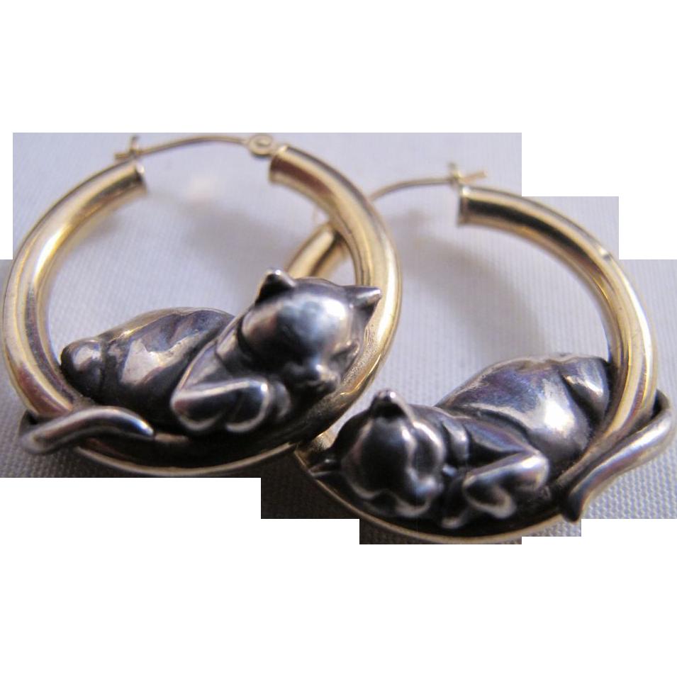 Vintage Mfa 14k Gold Sterling Silver Sleeping Cat Hoop Earrings