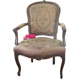 Antique French Carved Walnut Arm Chair W/ Roses, Garlands & Ribbons Needlepoint Cushions Free Shipping!