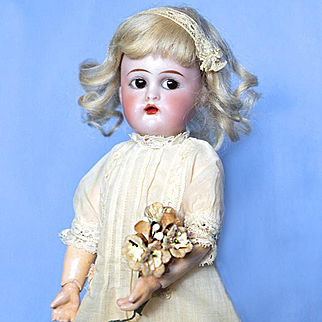 10 inch Flirty Eyes K star R Halbig Bisque Composition Doll