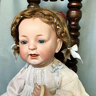 Antique Baby Doll made by Kestner Doll Company c1910 – Mold 211
