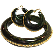 Chunky Marbled Dark Green Bakelite with Goldtone Adornments Bracelet & Matching Earrings