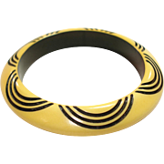 Vintage Diane Von Furstenberg Carved Resin Washed Cream Corn & Black Bakelite Bangle Bracelet