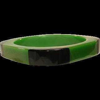 Laminated Apple Green & Black Bakelite Bangle Bracelet